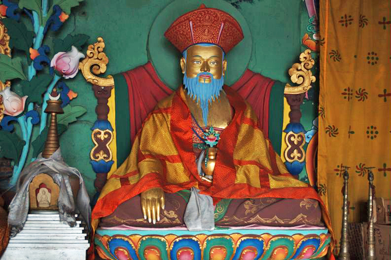 It is said that every household in Bhutan has an image or statue of Zhabdrung Ngawang Namgyal, whose 4th mind emanation Jigme Norbu composed prayers to Dorje Shugden.